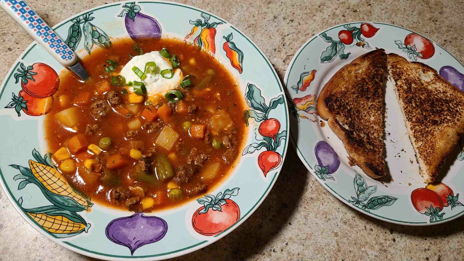 Vegetable Soup in a bowl with toast
